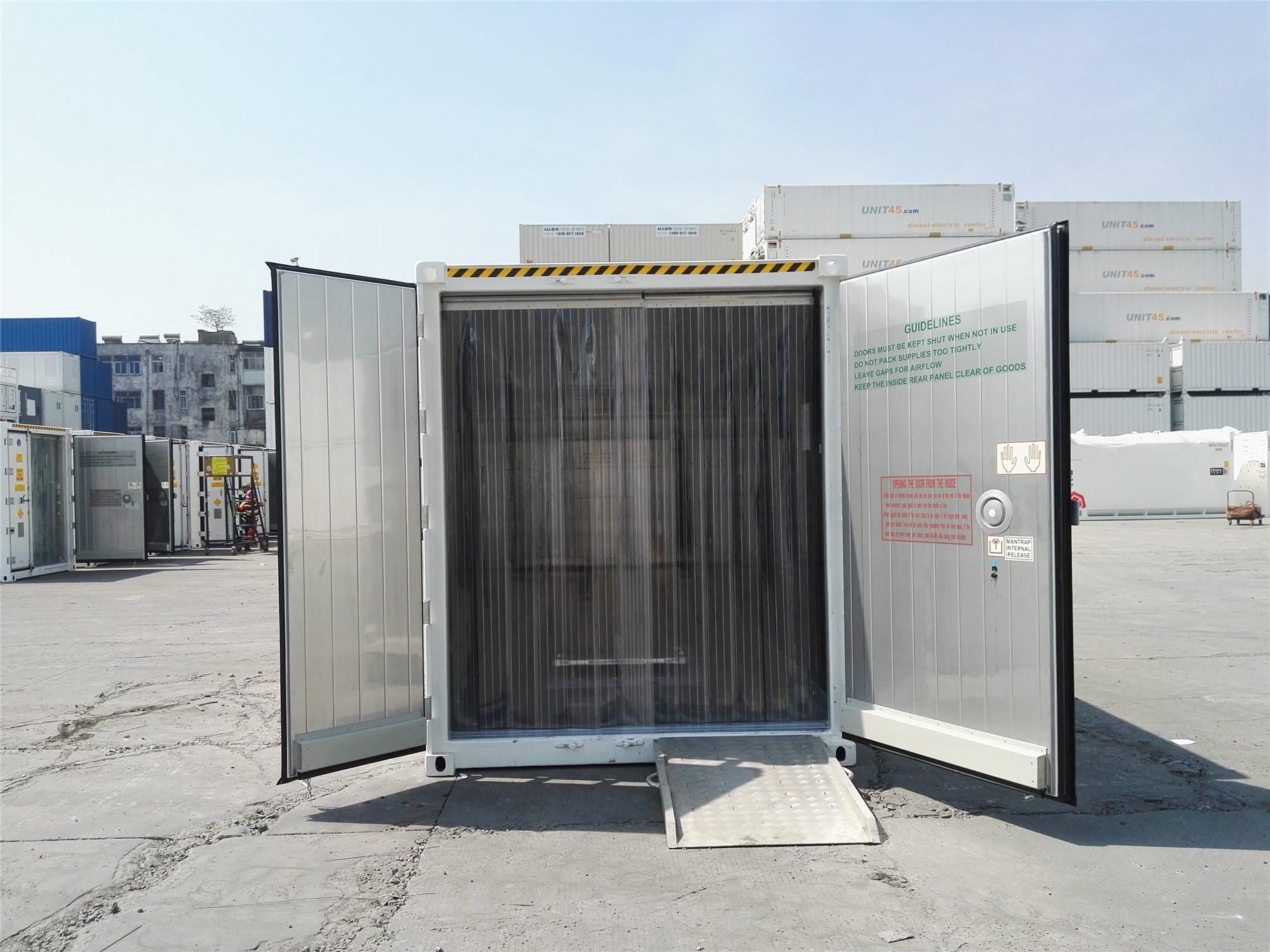 40' (12 m) ArcticStore, kapılar açık, önden görünümü